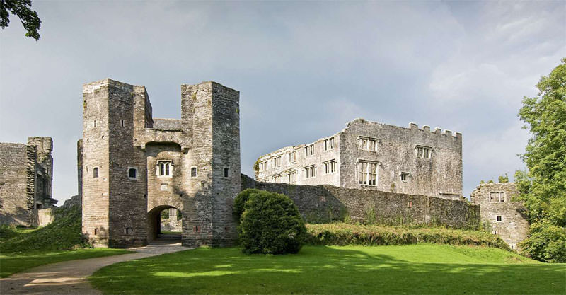 Where to Visit In Devon - Berry Pomeroy Castle