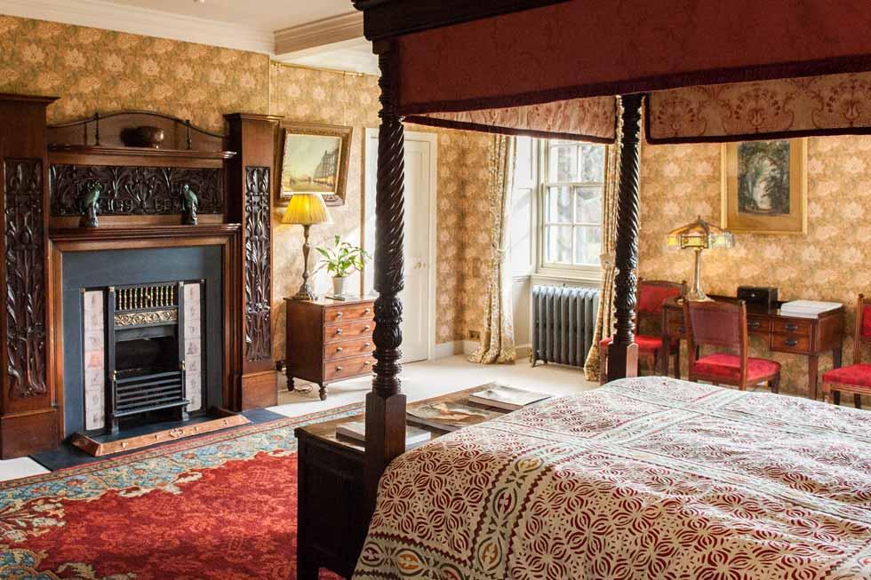 Tarn Castle suite