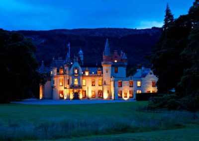 Aldourie-Castle-to-rent-in-Scotland24