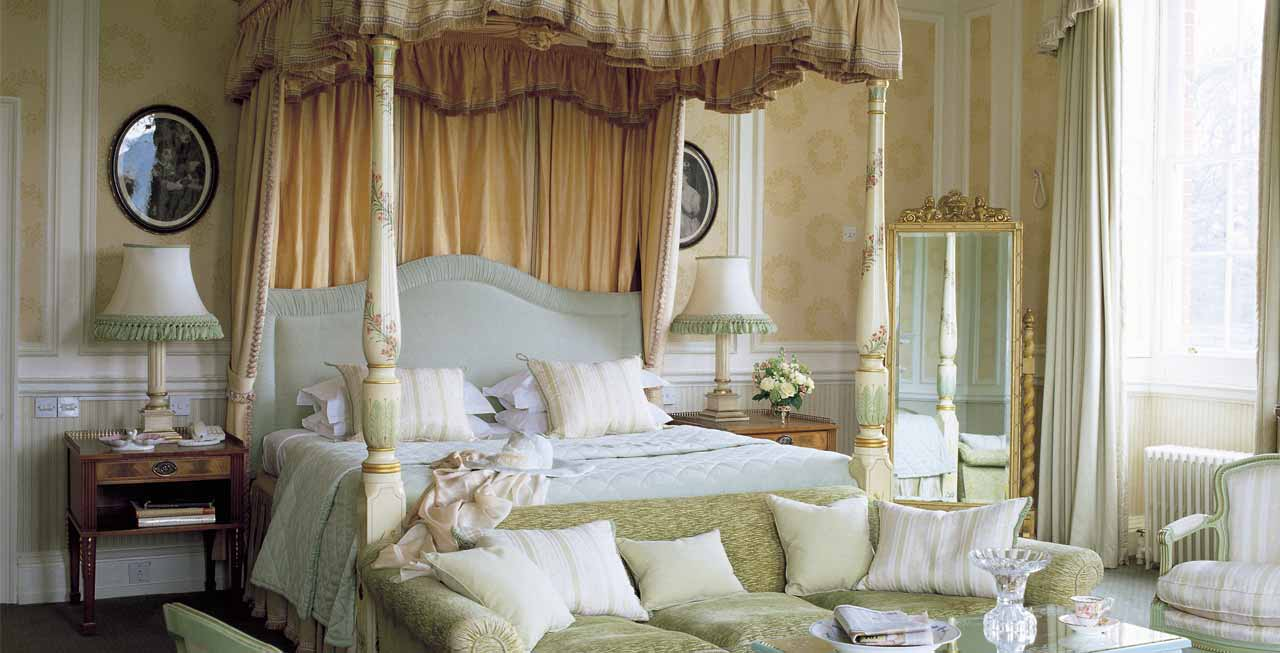 A beautiful bedroom suites at Brocket Hall