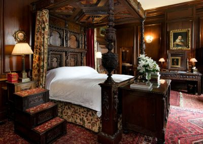 Photo of the Oak bedroom suite at Broughton Hall