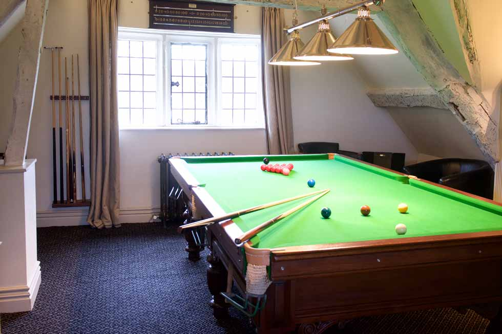 Bar and Snooker area at Painswick Hall