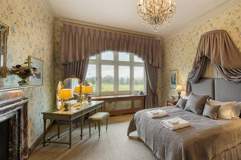 Photo of the Jade bedroom suite at Cowdray House