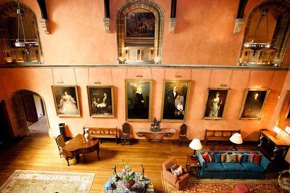 Cowdray House' image gallery