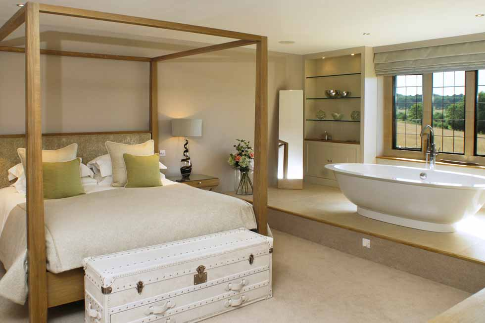 Photo of the four poster bed in one of Elkstones bedroom suites