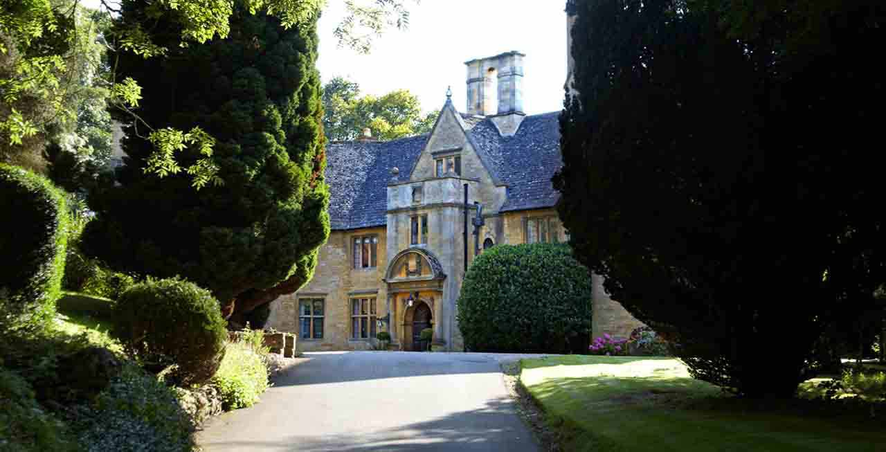 Enjoy the grounds of Foxhill Manor