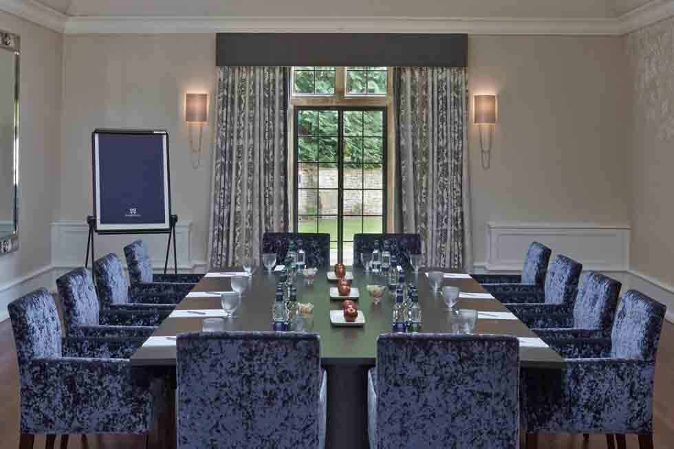 Host your important corporate meetings at Foxhill Manor to impress