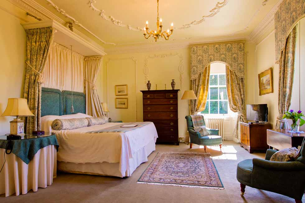 Photo of the Countess of Inchcape bedroom suite at Glenapp Castle