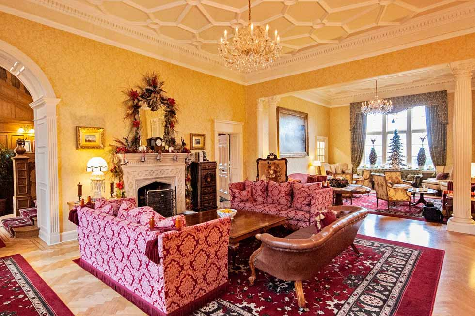 Photo of Glenapp Castle's drawing room