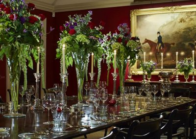 Photo of the dining room at the Hound Lodge