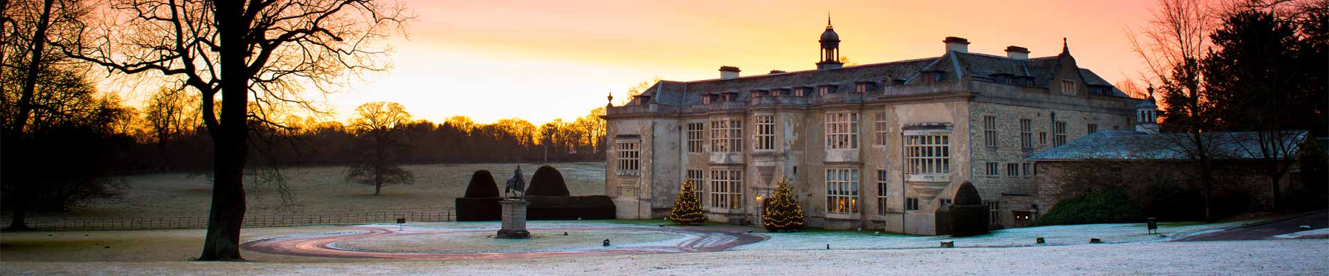 Image of Hartwell House at dawn