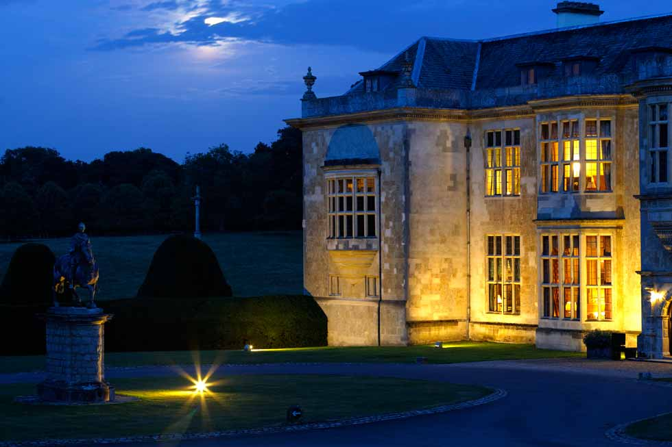 Image of Hartwell House at night