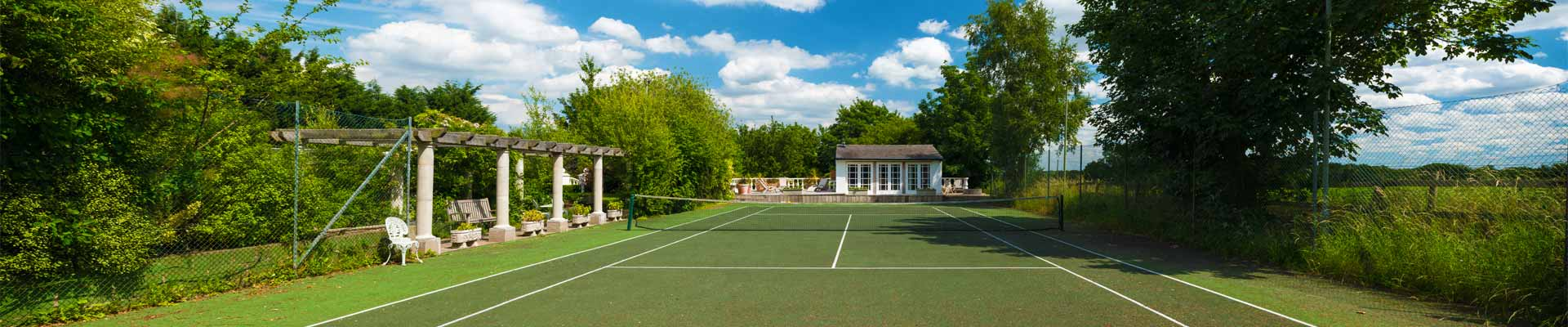 Photo of High House' tennis court