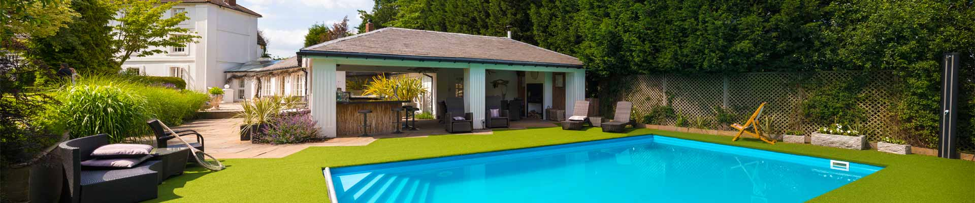 Photo of High House' stunning swimming pool