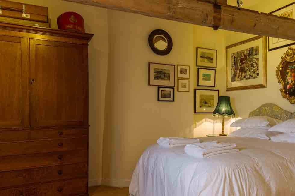 One of the cosy bedrooms at Higher Scarcliffe