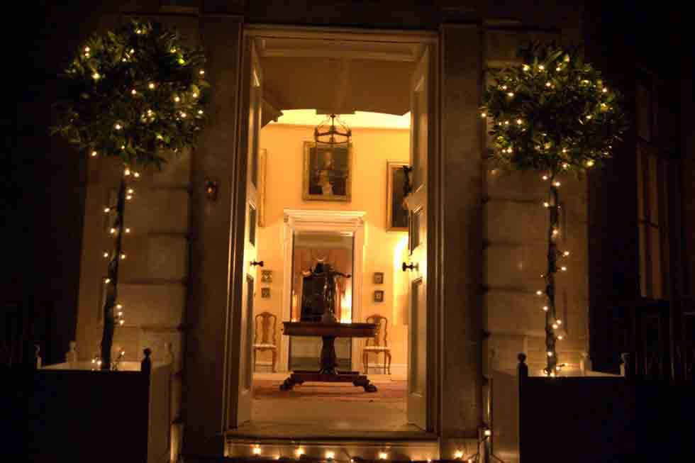 Beautiful entrance for you and your guests at Hill Place