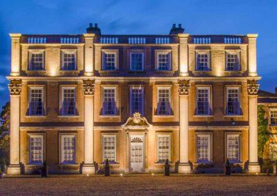 Hinwick-House-the-luxury-mansion-1
