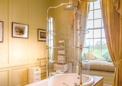 Hinwick-House-the-luxury-mansion-11