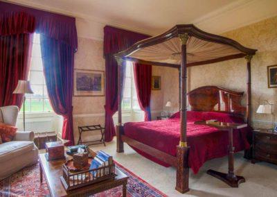 Hinwick-House-the-luxury-mansion-15b