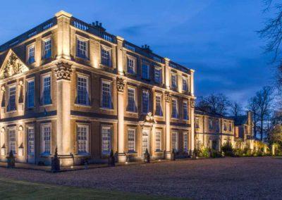 Hinwick-House-the-luxury-mansion-26