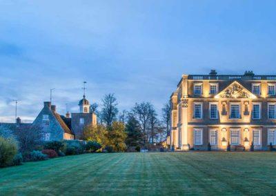 Hinwick-House-the-luxury-mansion-28