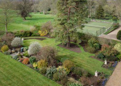Hinwick-House-the-luxury-mansion-30