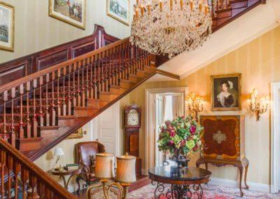 Hinwick-House-the-luxury-mansion-7