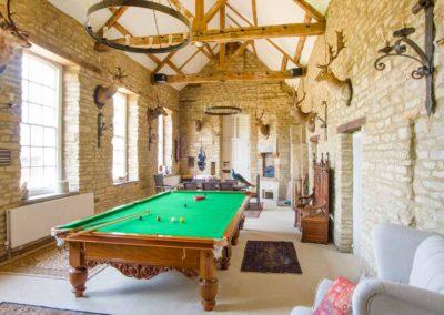 Hinwick-House-the-luxury-mansion-8