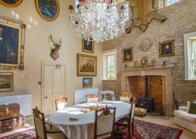 Hinwick-House-the-luxury-mansion-9