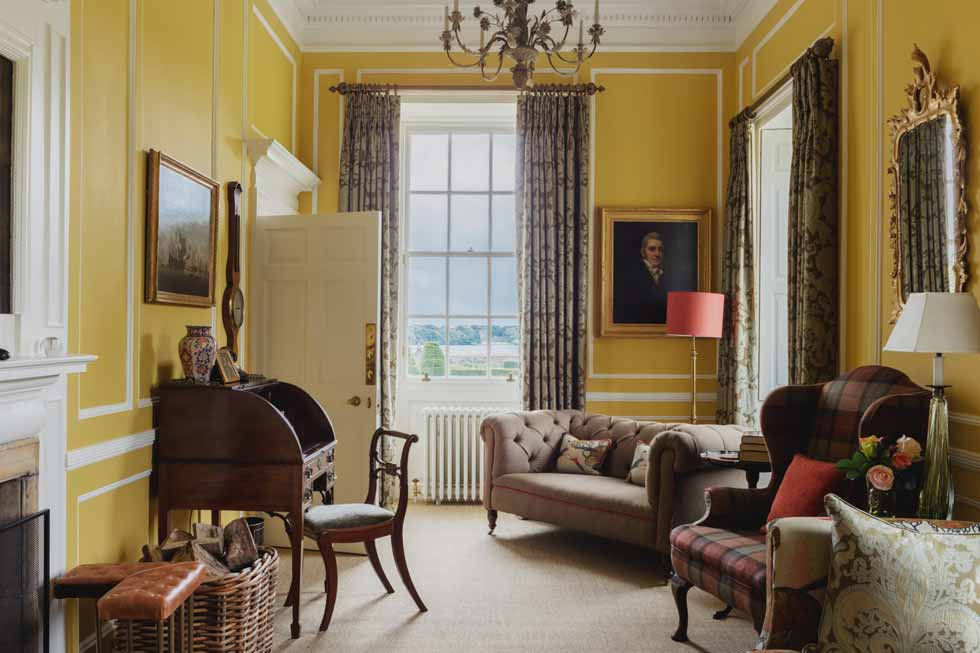 Photo of the little sitting room at Kinross House