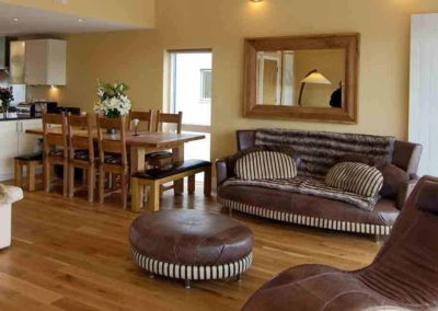 Lagoon Lodge the luxury house to rent in England 4