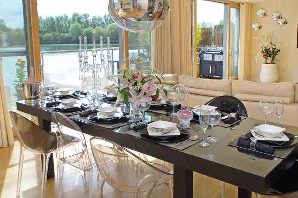 The perfect setting for a dinner party!