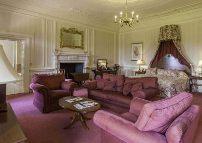 Photo of a bedroom suite at Luton Hoo