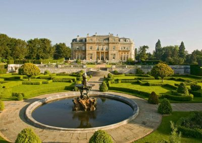 Photo of the gardens of Luton Hoo