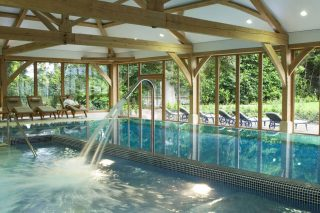 Photo of the swimming pool at Luton Hoo