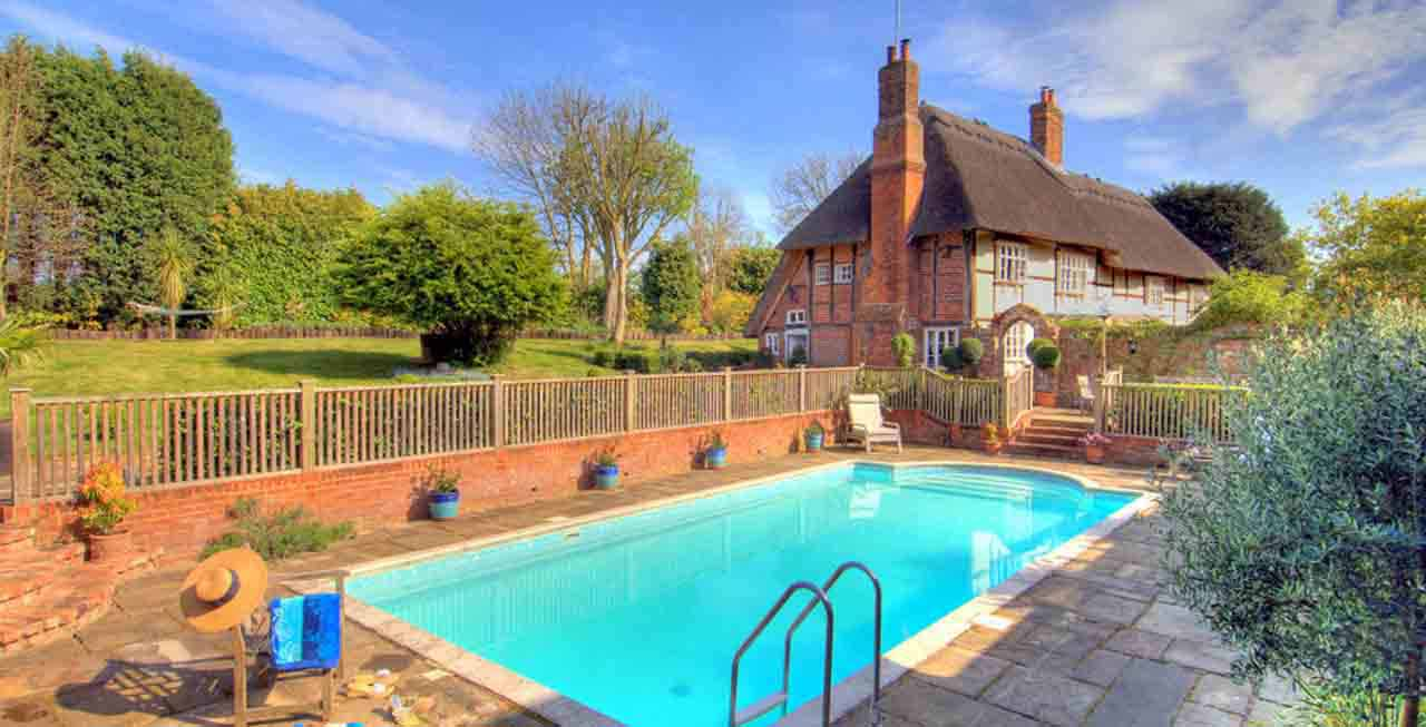 The swimming pool at Manor Farmhouse
