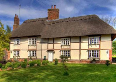 Manor Farmhouse the luxury house to rent in England 3