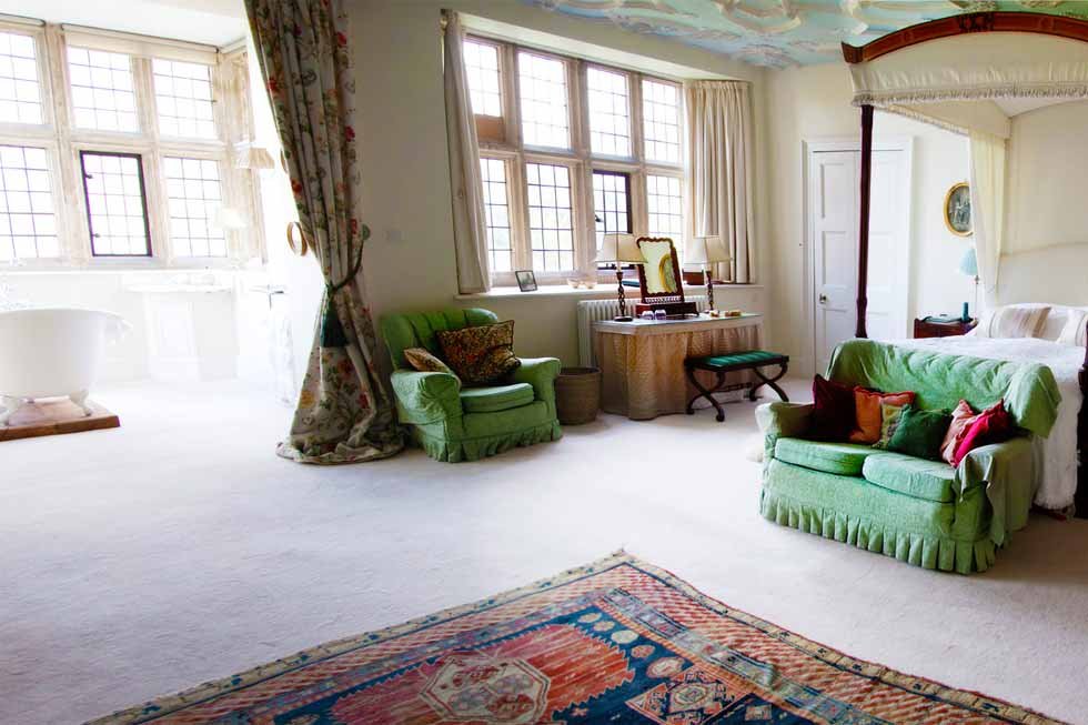Luxury bedroom suite at North Cadbury Court