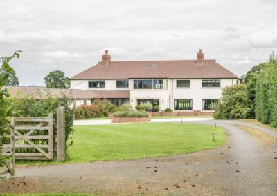 Park-Fields-the-Luxury-House-to-Rent-in-England-36