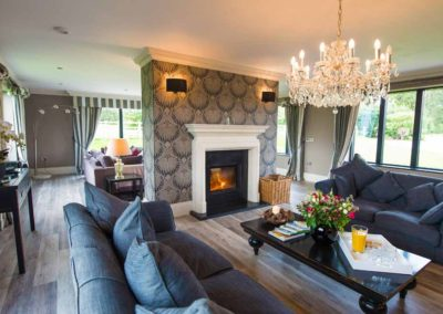 Park-Fields-the-Luxury-House-to-Rent-in-England-8