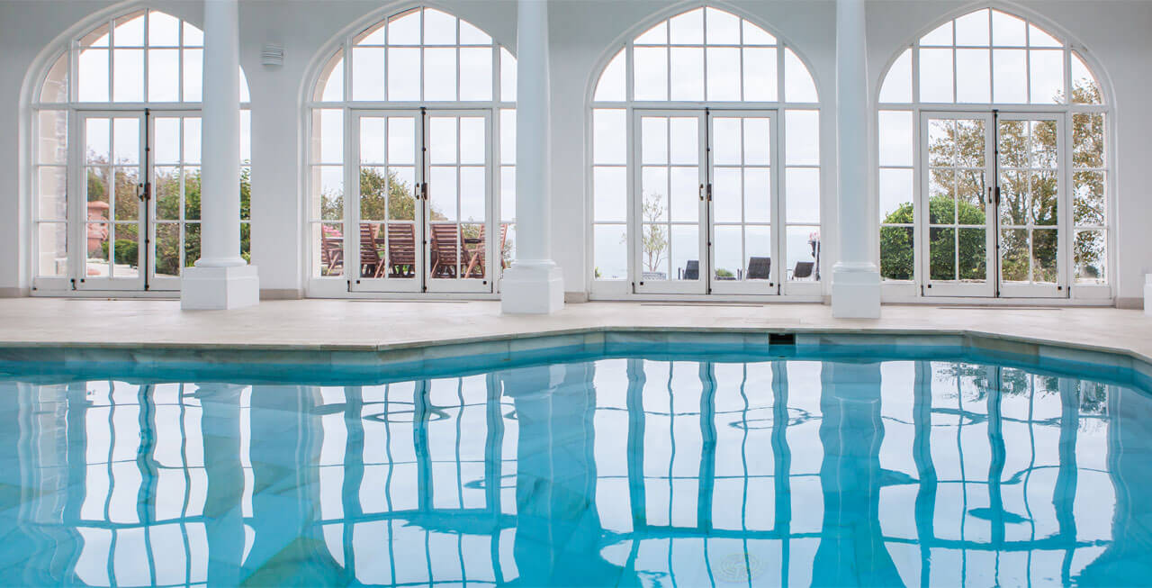Photo of the indoor pool at Pennsylvania Castle