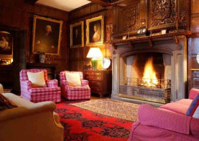 Pentrehobyn Hall the Mansion for rent in Wales 5