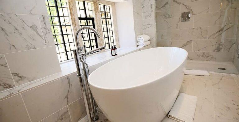 Photo: Luxury soaking at Arisan Estate
