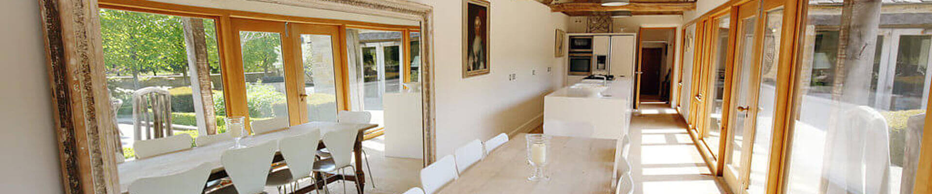 Photo of one of the dining areas at Temple Guiting Estates