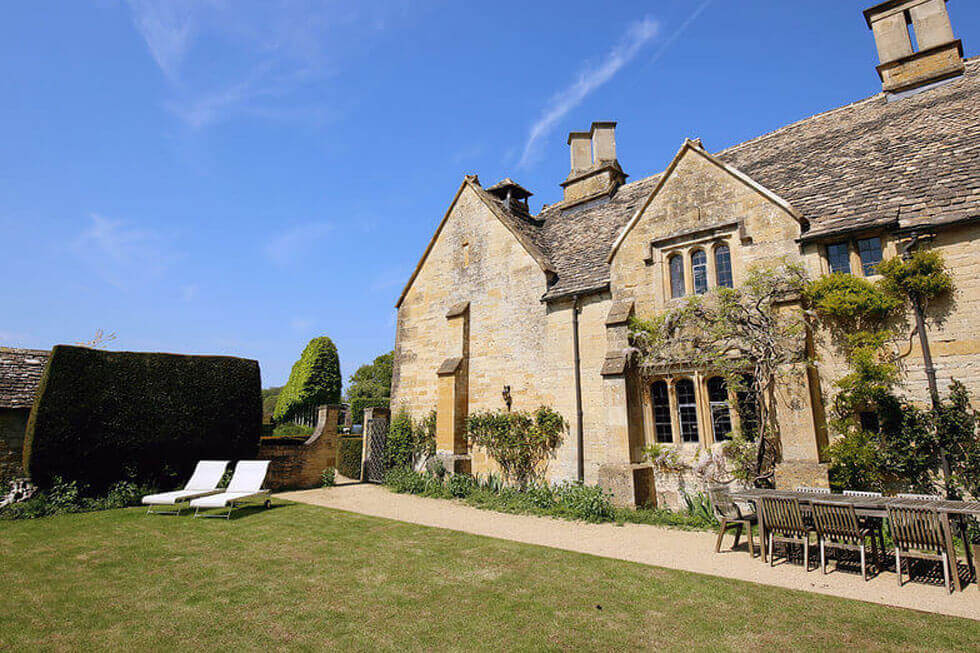 Photo of the rear of Temple Guiting Manor