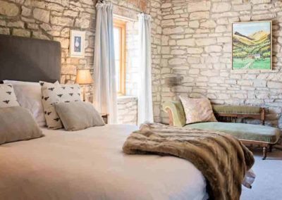 The Barns the luxury house to rent in England 1