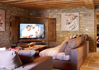 The Barns the luxury house to rent in England 3