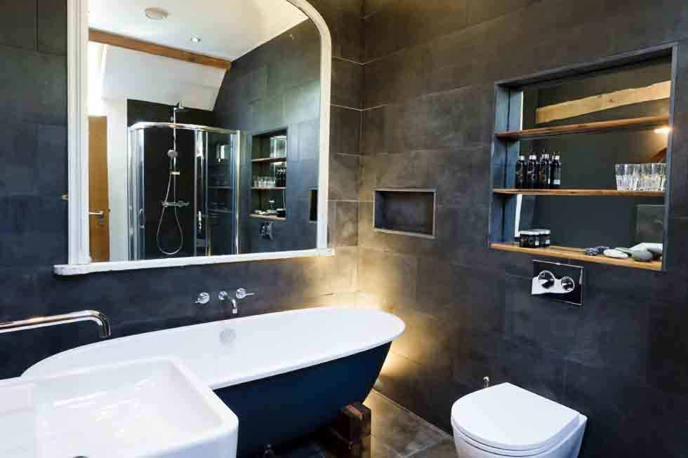 Tregulland Barn has beautiful bathrooms