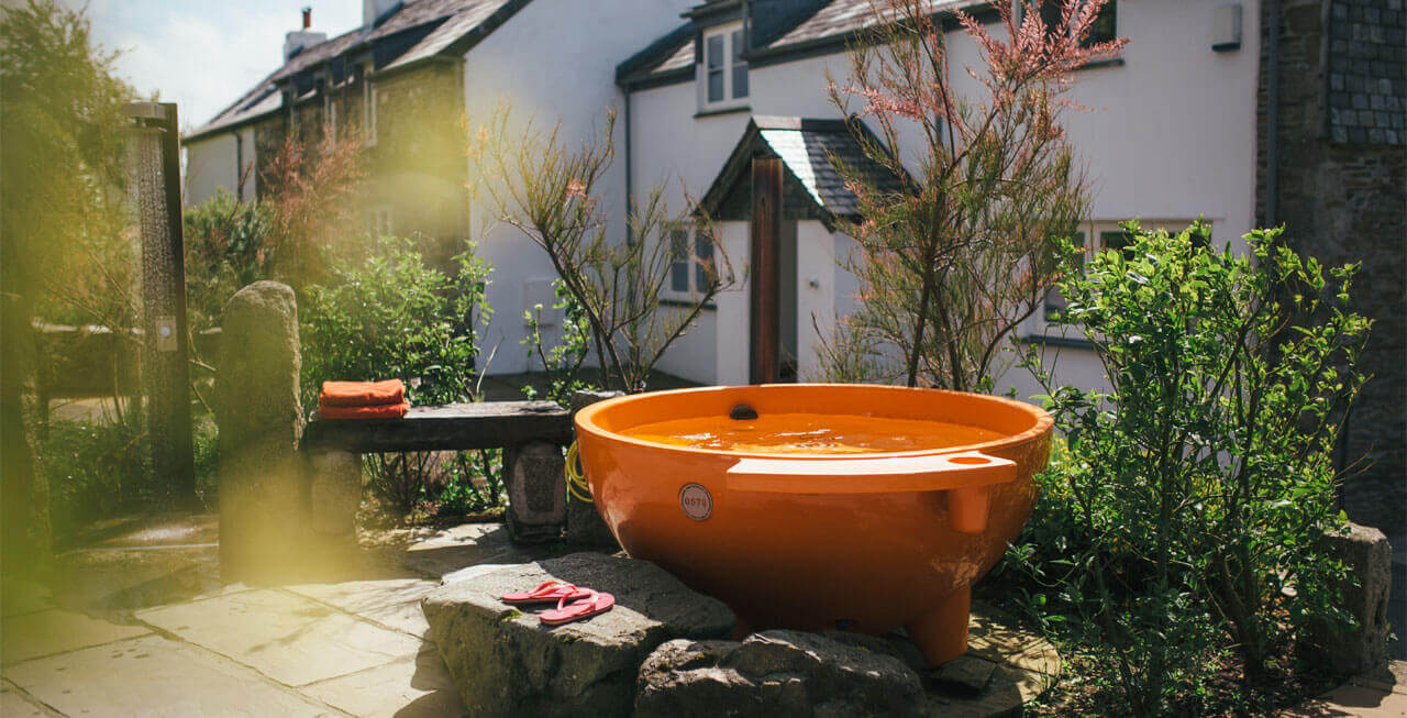 Photo of the hot tub at Tregulland Cottage