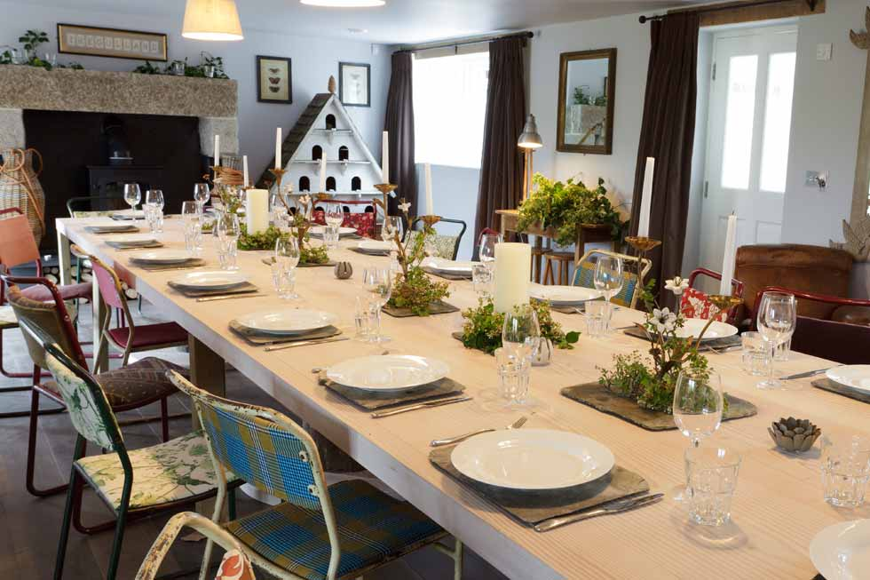 Tregulland Cottage's dining room